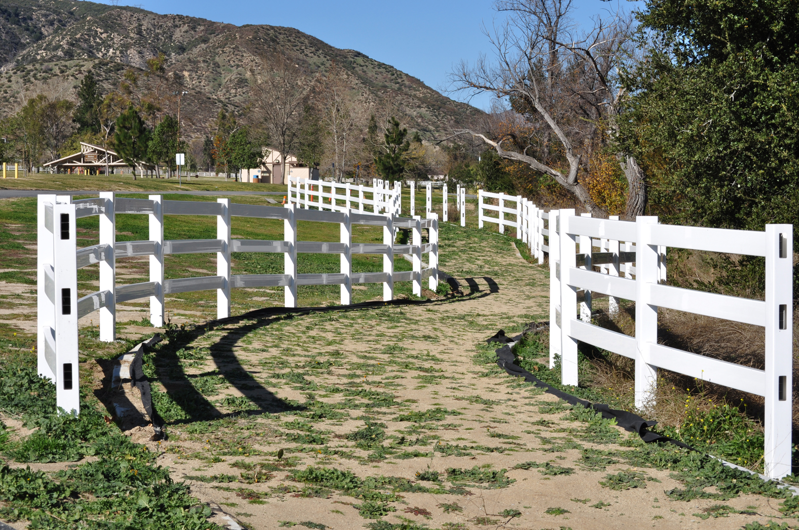 White fence at Glen Helen