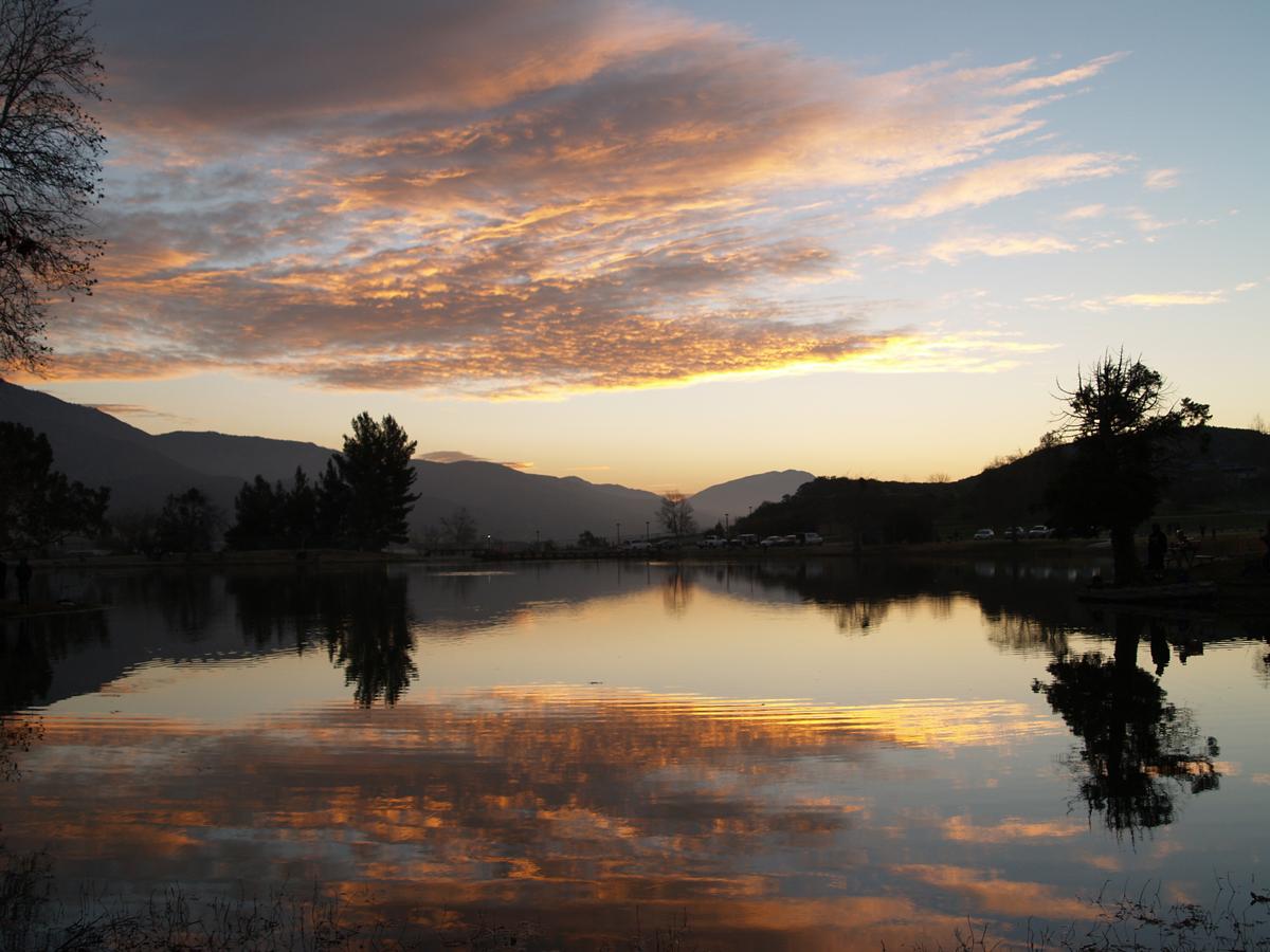Glen Helen lake during sunset