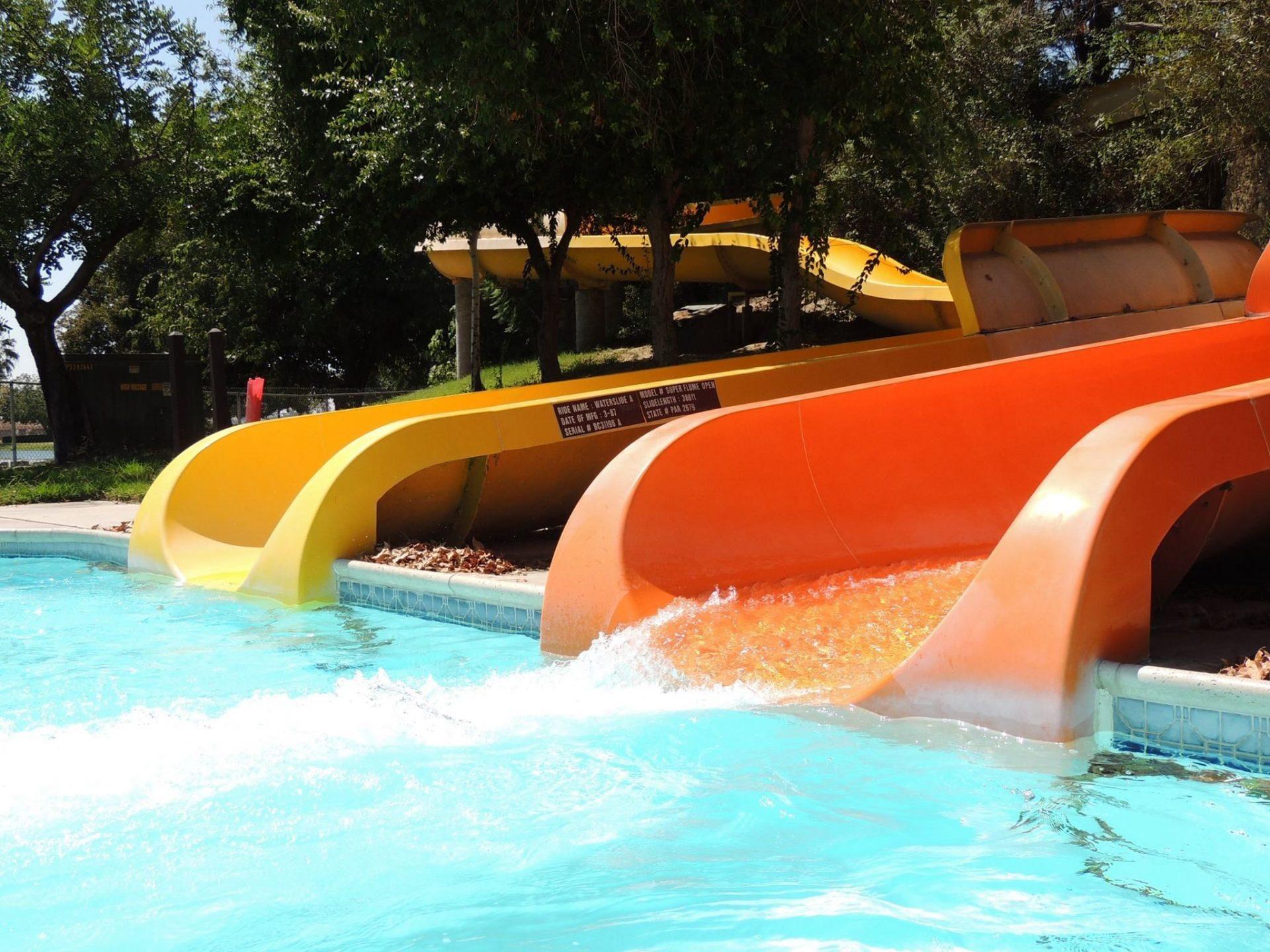 2 Water slides