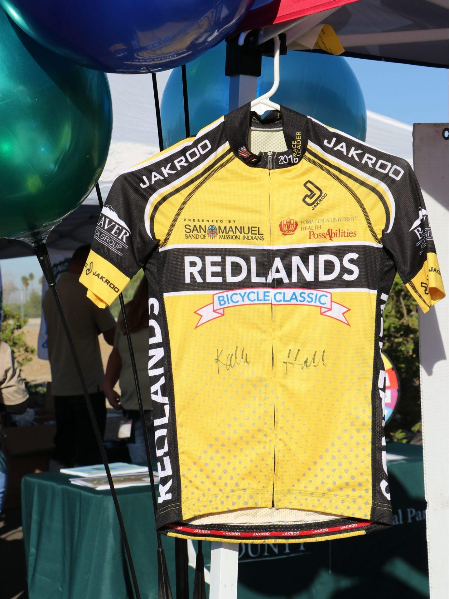 yellow bike jersey