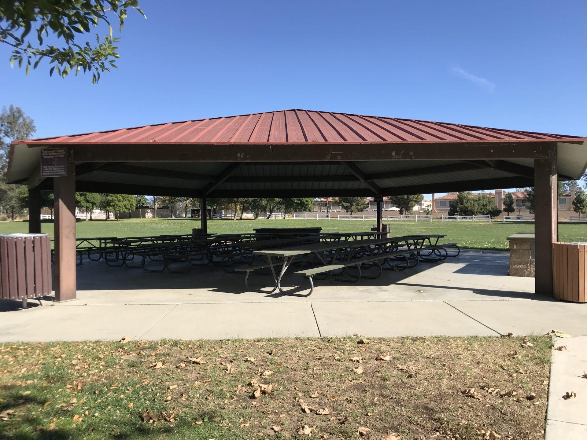 Photo of picnic shelter at Guasti